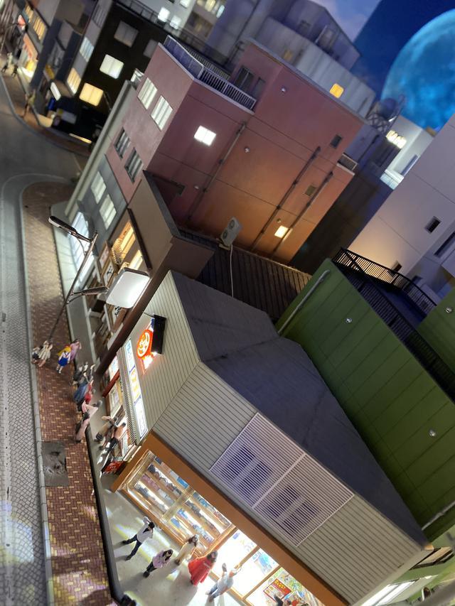 画像13: わぁ!こんな所に・・・・!「SMALL WORLDS TOKYO」で見つけた有名人たち♡