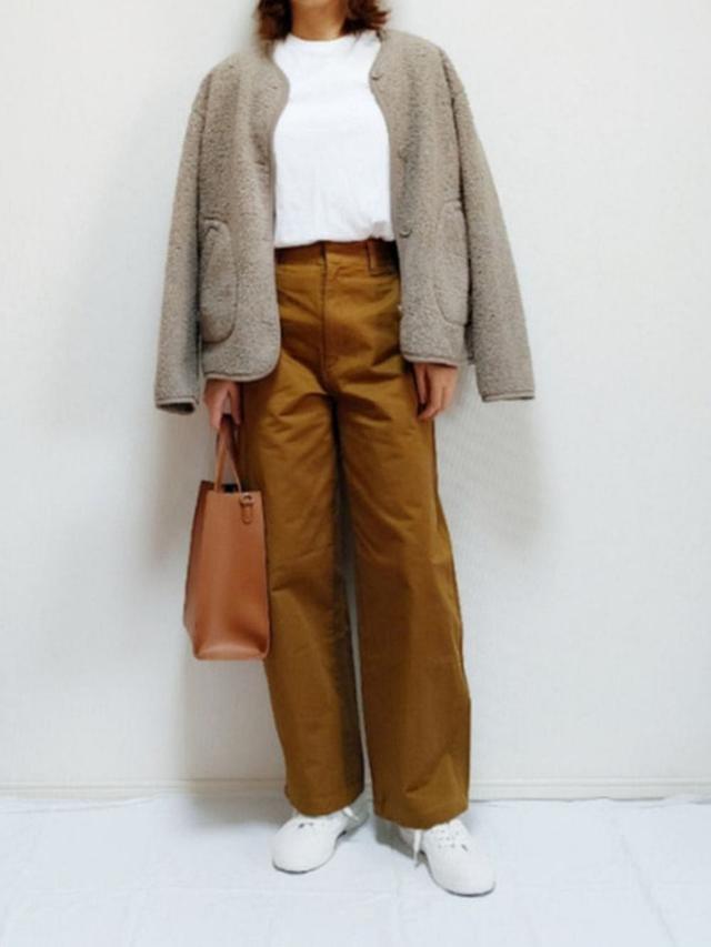 画像: 【ユニクロ】フリースジャケット平均価格 ¥2,000~ ワイドフィットカーブパンツ ¥4,389(税込) 出典:WEAR