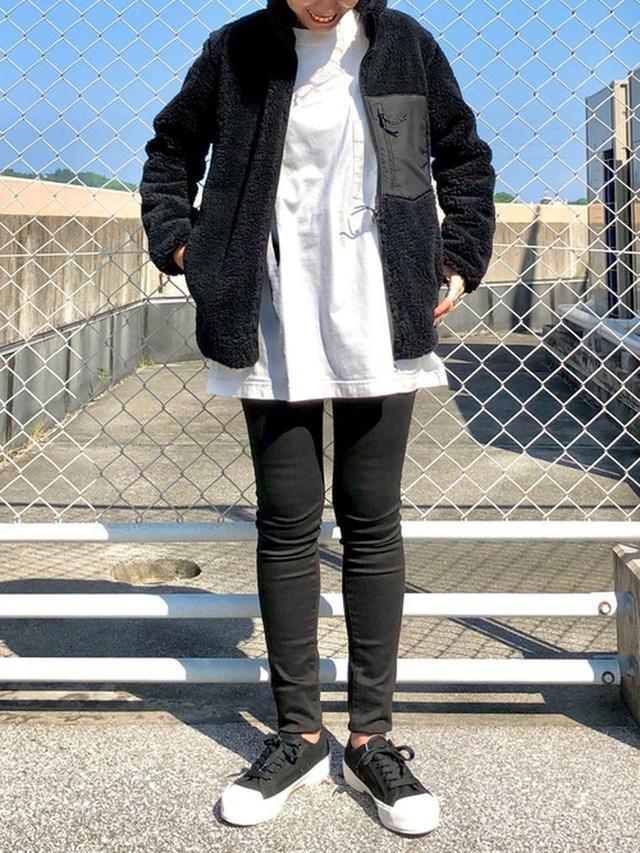 画像: 【ユニクロ】フリースジャケット平均価格 ¥2,000~ クルーネックT ¥2,189(税込) デニムパンツ平均価格 ¥4,000~ 出典:WEAR
