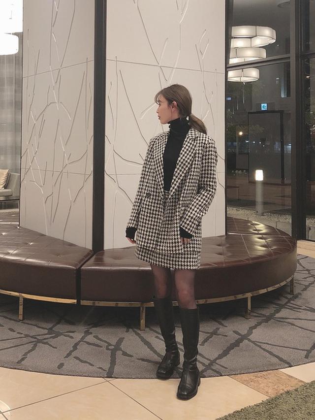 画像: 【H&M】ジャケット¥5,999(税込)スカート¥2,499(税込) 出典:WEAR