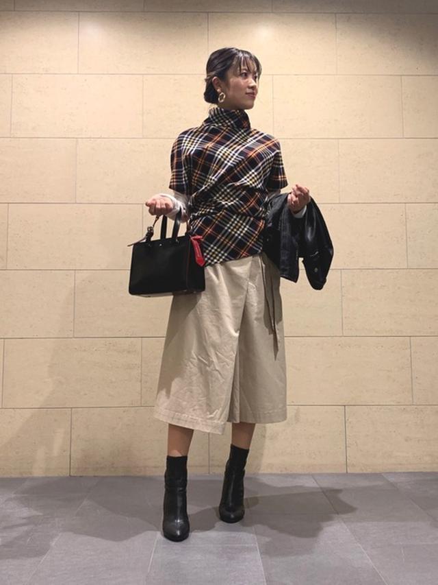 画像: 【ZARA】トップス 【Vivienne Westwood】バッグ 【UNIQLO】キュロット 【DIANA】ブーツ 出典
