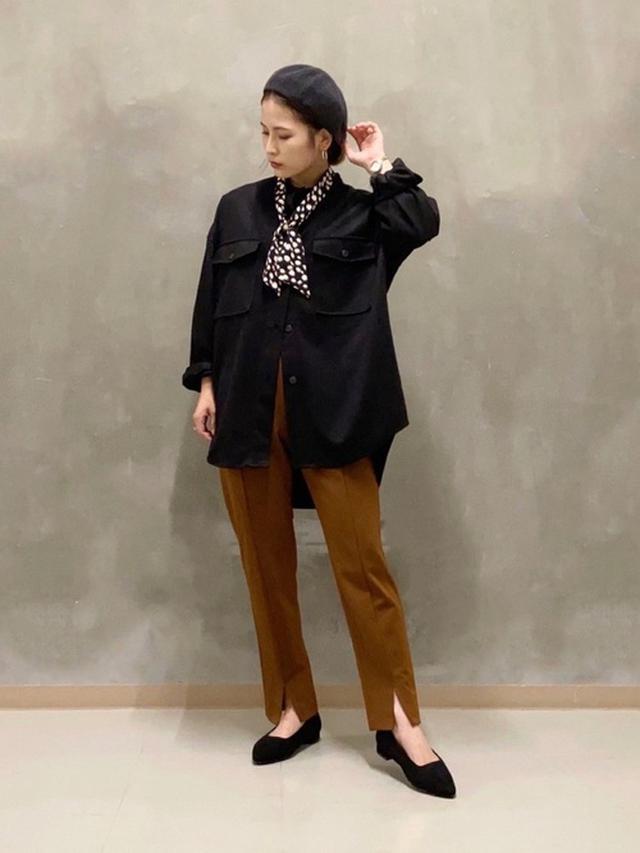 画像: 【THE SHOP K】ジャケット¥5,489(税込)パンツ¥6,050(税込)パンプス¥4,389(税込) 出典:WEAR