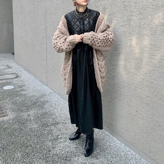 画像3: 【女子ウケNO.1 】クールなレザーワンピの着こなし!