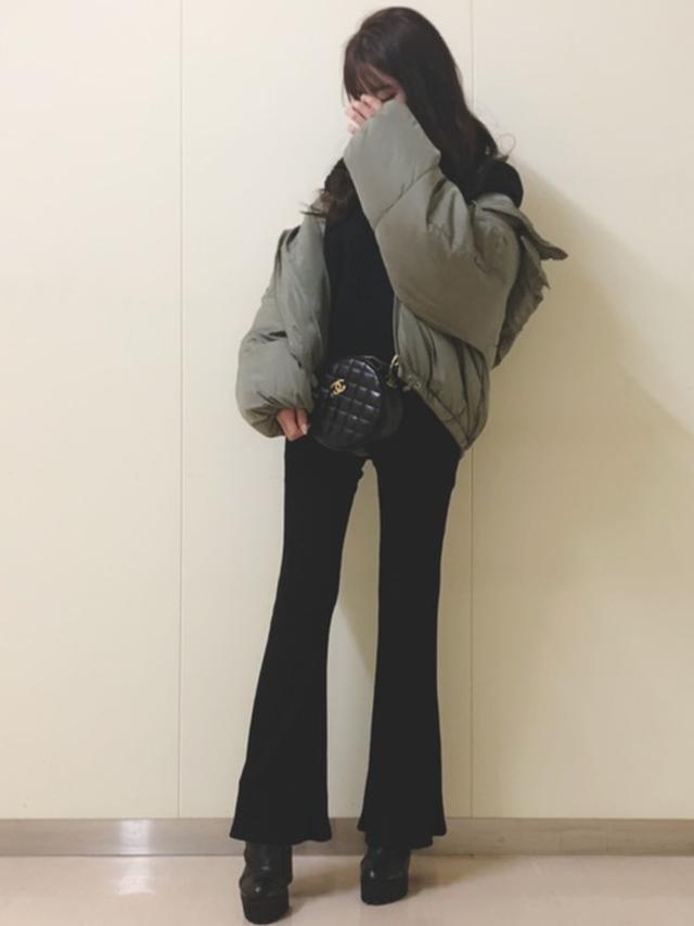 画像: 【fifth】ダウンジャケット¥7,629(税込)【MOSSY】ブーツ¥15,180(税込)パンツ¥12,980(税込) 出典:WEAR