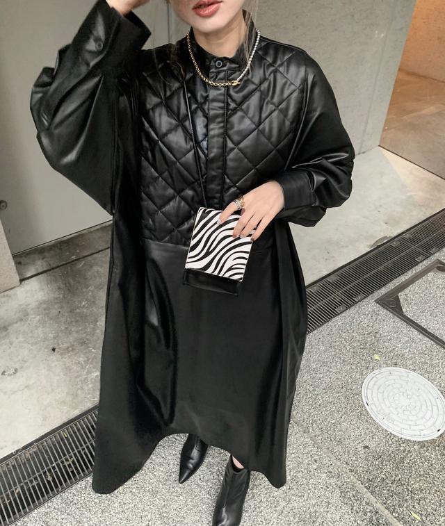 画像2: 【女子ウケNO.1 】クールなレザーワンピの着こなし!