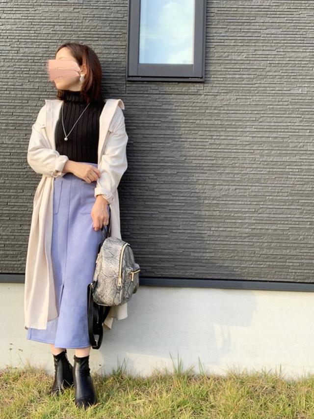 画像: 【GU】スエードタッチナローミディスカート ¥2,189(税込) 【fifth】タートルリブニット ¥1,416(税込) 【DHOLIC】裏起毛スクエアアンクルブーツ ¥5,588(税込) 出典:WEAR