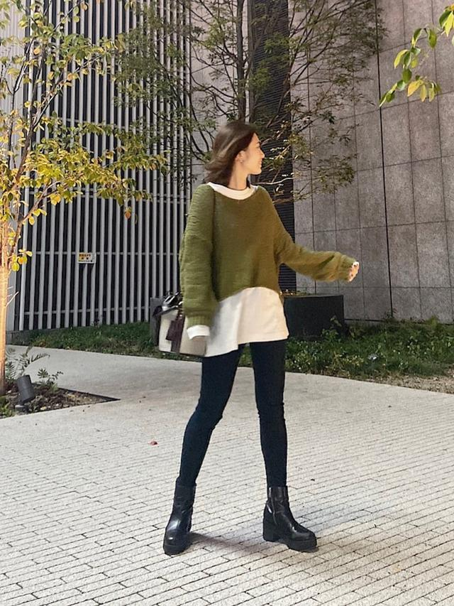 画像: 【JEANASIS】ニット平均価格¥6,000〜8,000(税込)パンツ平均価格¥6,000〜10,000(税込)ブーツ平均価格¥10,000〜12,000(税込) 出典:WEAR