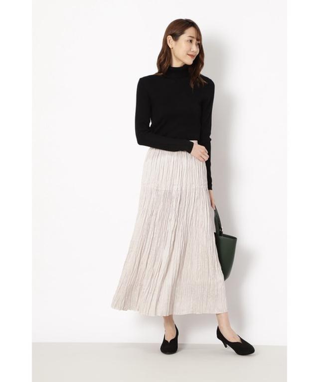 画像: 【NATURAL BEAUTY BASIC】スカート ¥8,800(税込) 出典:WEAR