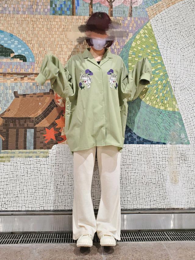 画像: 【参考商品】スニーカー¥10,700(税込)【apres jour】パンツ¥2,200(税込) 出典:WEAR