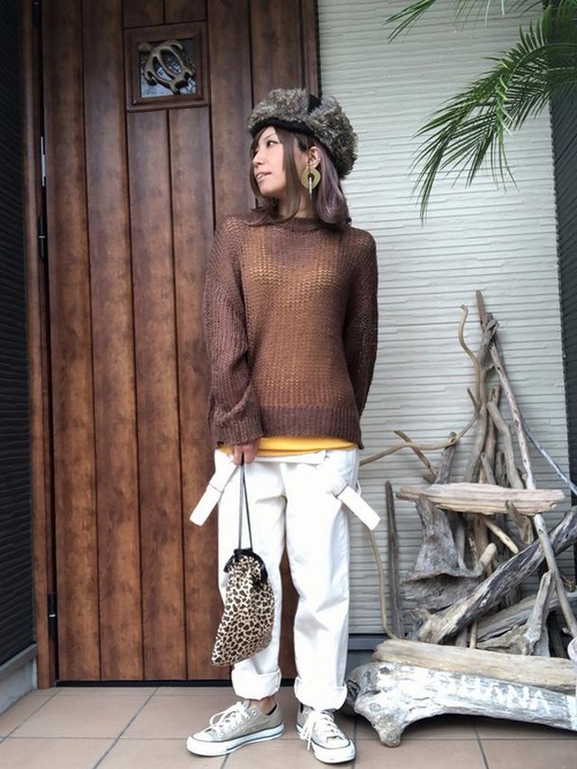 画像: 【しまむら】サロペット平均価格 ¥2,000~ ニット平均価格 ¥1,500~ [出典:WEAR]()