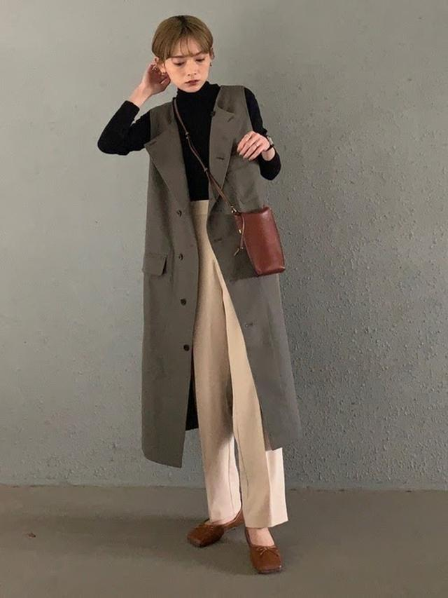 画像: 【SIPULI】Organic Cotton Wool Gabardine ライダースワンピース ¥39,600(税込) 出典:WEAR