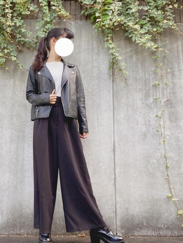 画像: 【GU】ジャケット平均価格¥4,000~【LOWRYS FARM】トップス平均価格¥3,000~ パンツ平均価格¥3,000~【INGNI】ローファー平均価格¥4,000~【tutuanna】靴下平均価格¥300~ 出典:WEAR