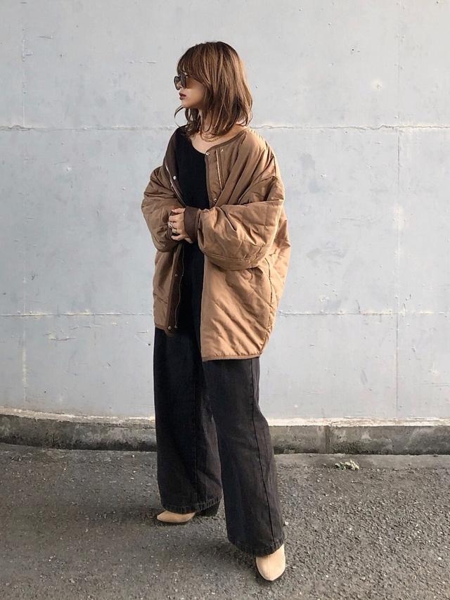 画像: 【Lian】アウター¥9,350【Auntie Rosa Holiday】カットソー¥3,960【GU】デニムパンツ平均価格¥1,500〜【ZARA】ブーツ平均価格¥10,000〜 出典:WEAR
