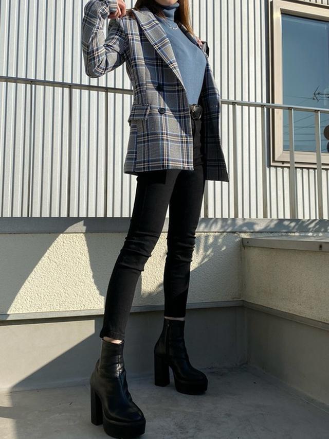 画像: 【GRL】ハイウエストスキニーパンツ¥1,527(税込み)【tsukiboutique】テーラードジャケット 出典:WEAR