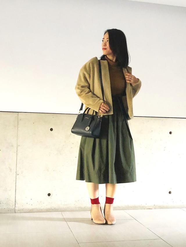 画像: 【しまむら】ブーツ平均価格¥2,000~【ユニクロ】Tシャツ¥869(税込)スカート平均価格¥3,000~ ジャケット平均価格¥4,000~【FURLA】バッグ平均価格¥50,000~ 出典:WEAR