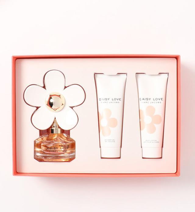 画像: 【MARC JACOBS】DAISY LOVE GIFT SET¥6,490(税込) 出典:ZOZOTOWN