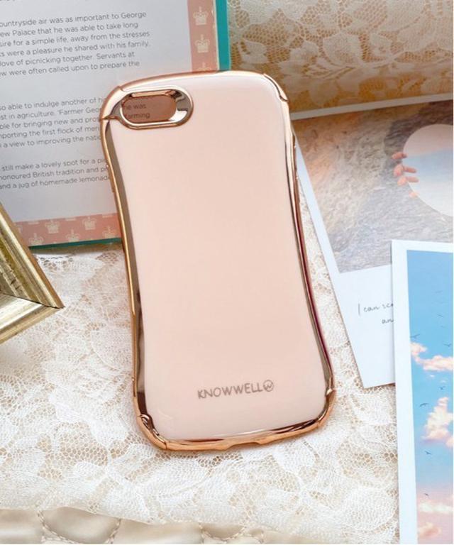 画像: 【apres jour】iPhoneケース¥1,100(税込) 出典:ZOZOTOWN