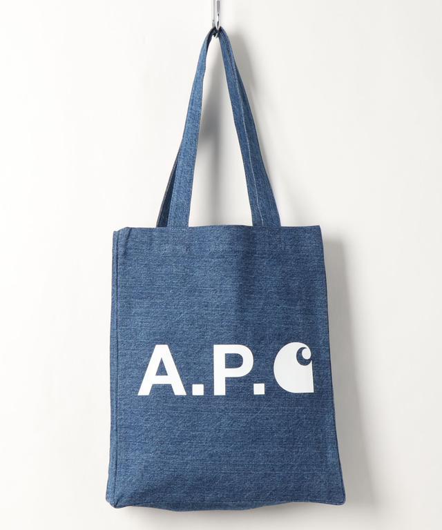 画像: 【A.P.C.】バッグ¥8,580(税込) 出典:ZOZOTOWN