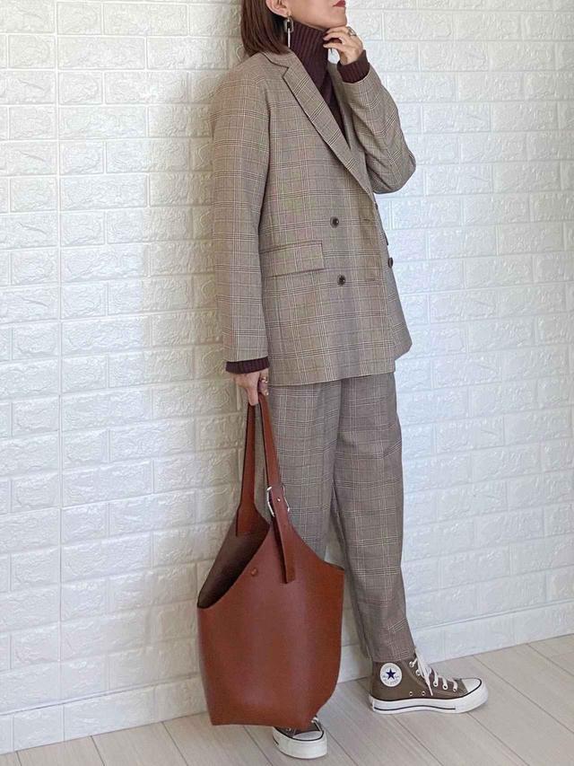 画像: 【GU】ジャケット平均価格 ¥4,990~【SUGAR BISKET】ニット¥3,480(税込) 出典:WEAR