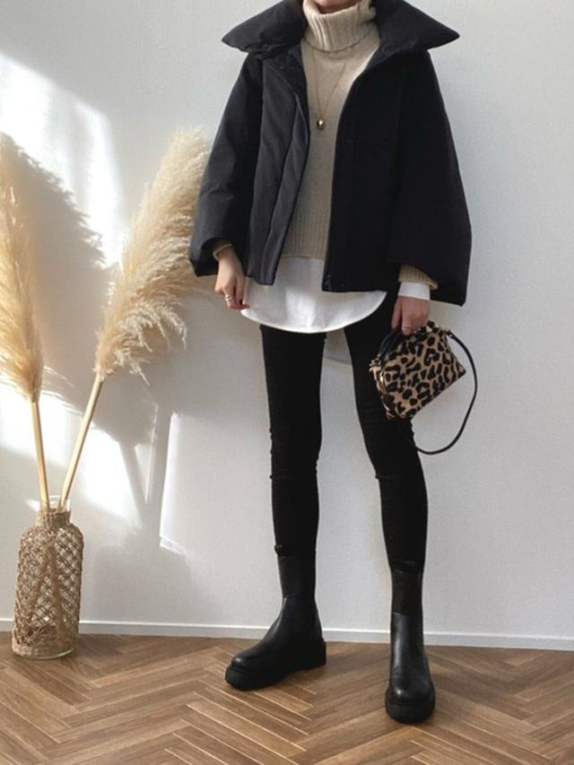 画像: 【UNIQLO】ダウン¥14,190(税込)パンツ平均価格¥3,000~【参考商品】ニット ブーツ バッグ 出典:WEAR