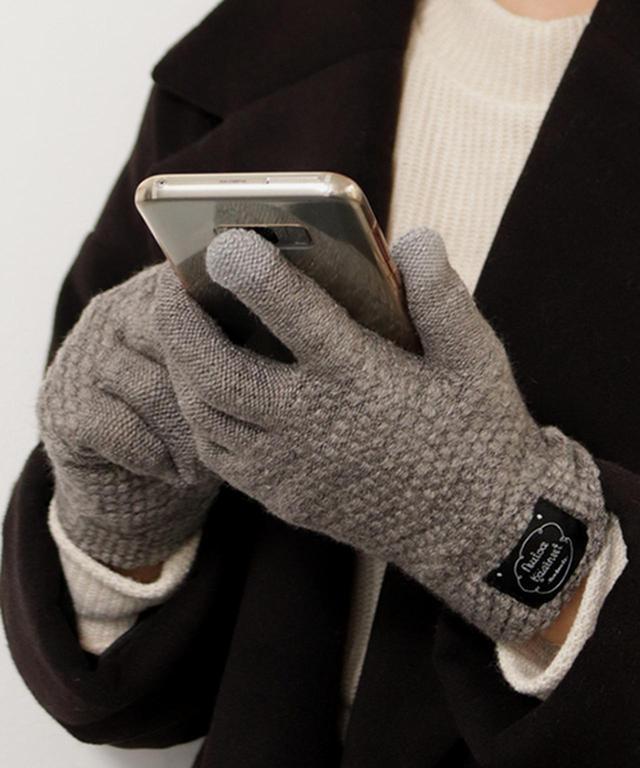 画像: 【SESTO】スマホ対応5本指 無地手袋 ¥899(税込) 出典:ZOZOTOWN