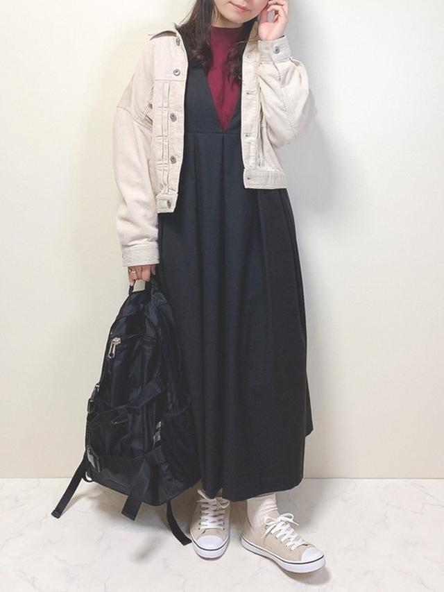画像: 【UNIQLO】シャツ¥2,189(税込)【coca】ワンピース¥3,555 出典:WEAR