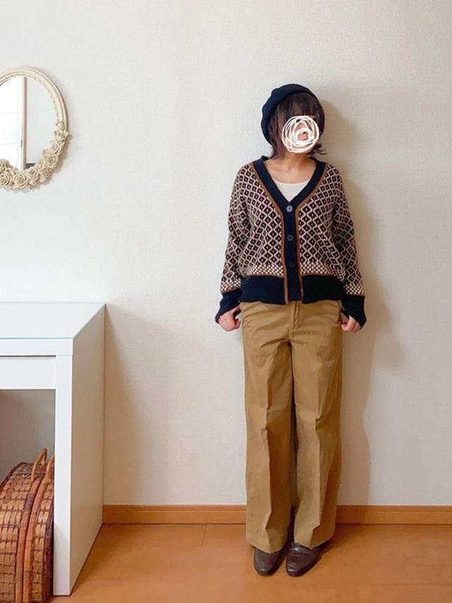 画像: 【Girly Doll】カーディガン¥2,970(税込)【coen】パンツ¥4,950(税込) 出典:WEAR