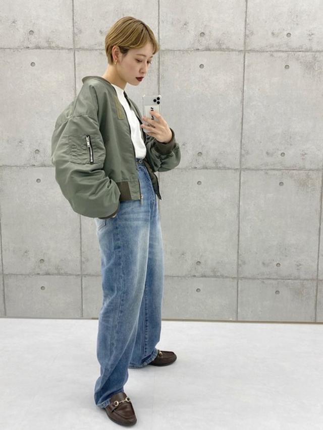 画像: 【M nort】ブルゾン¥13,200(税込)【kutir】デニムパンツ¥3,050(税込) 出典:WEAR