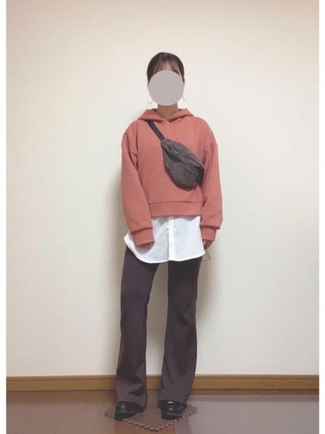 画像: 【参考商品】パーカー¥2,189(税込)【Honeys】パンツ¥2,280(税込) 出典:WEAR