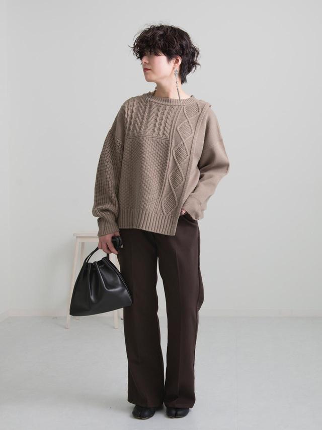 画像: 【Ambre Neige】パンツ ¥3,595(税込)【Ambre Neige】ニット¥3,595(税込) 出典:WEAR