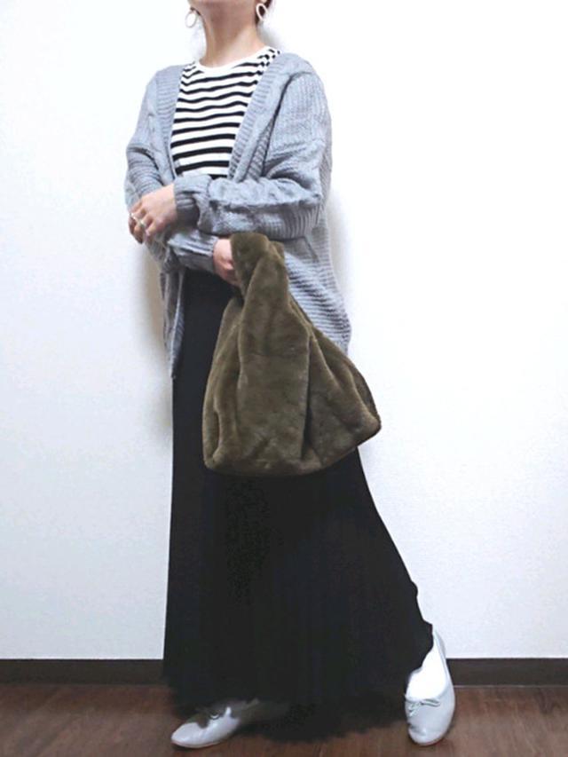 画像: 【参考商品】トップス¥1,290(税込)【Odette e Odile】バレエシューズ¥17,600(税込) 出典:WEAR