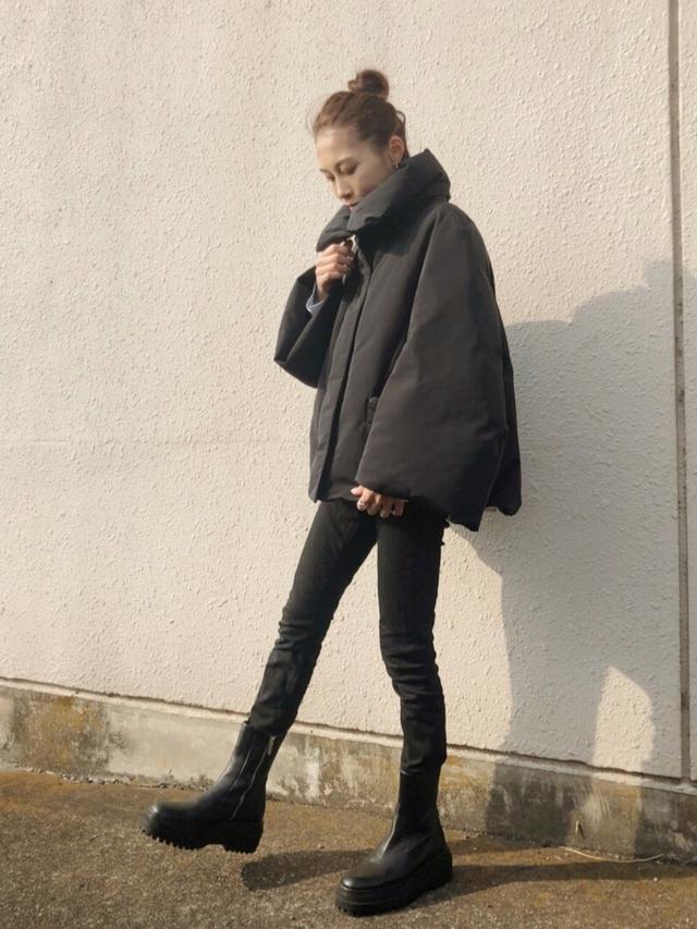 画像: 【UNIQLO】ダウン¥14,190(税込)【ZARA】ブーツ平均価格¥5,000〜10,000(税込)【UNITED ARROWS】ピアス¥6,600(税込) 出典:WEAR