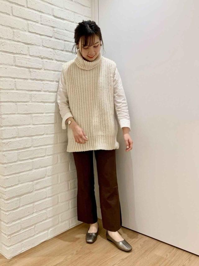 画像: 【H&M】ニット平均価格¥3,000~【ORiental TRaffic】靴¥6,490(税込)【参考商品】パンツ シャツ 出典:WEAR