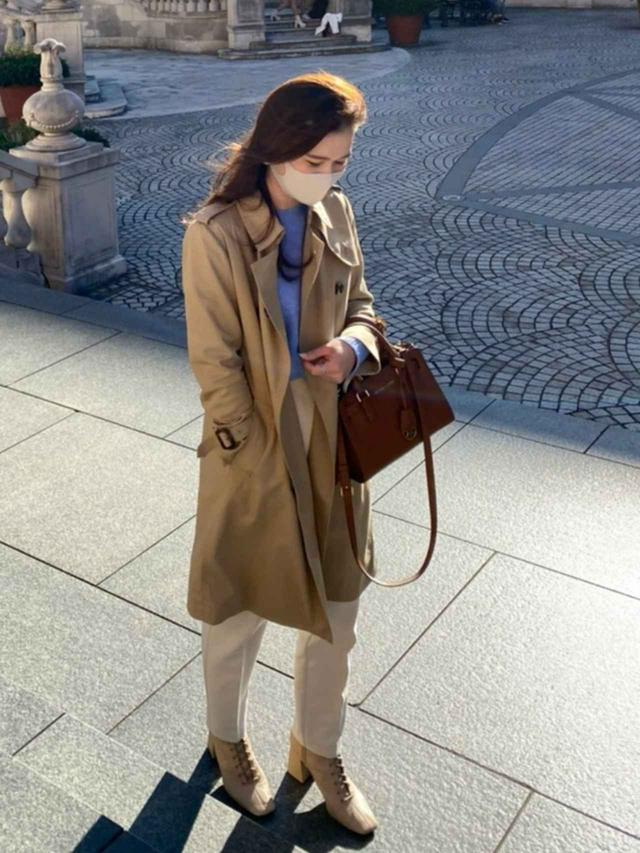 画像: 【無印良品】コート¥9,990(税込)【参考商品】ニット パンツ ブーツ 出典:WEAR