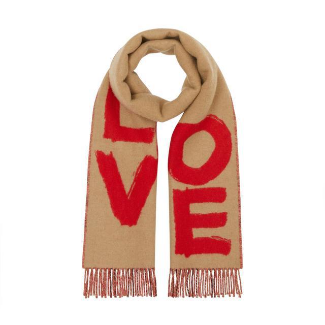 画像2: LOVEの文字がキャッチー♡バーバリーの新作バック&小物がポップアップで登場