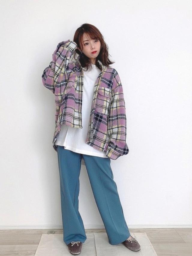 画像: 【ZARA】シャツ平均価格¥6,000~【FREAK'S STORE】パンツ¥3,025(税込) 出典:WEAR