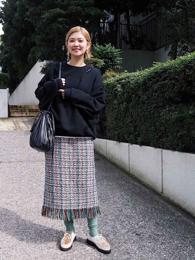 画像: 【ZARA】バッグ平均価格¥4,000~【参考商品】スカート スウェット 靴 出典:WEAR