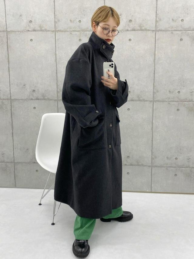 画像: 【epnok】ステンカラーコート¥11,880(税込)【M nort】パンツ¥8,800(税込) 出典:WEAR