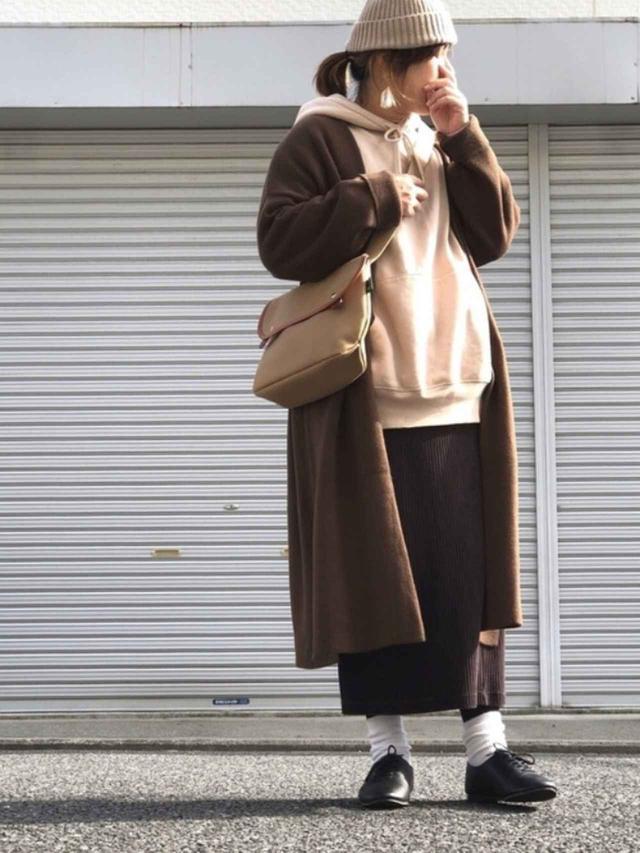 画像: 【参考商品】アウター¥2,980(税込)【UNIQLO】スカート¥2,189(税込) 出典:WEAR