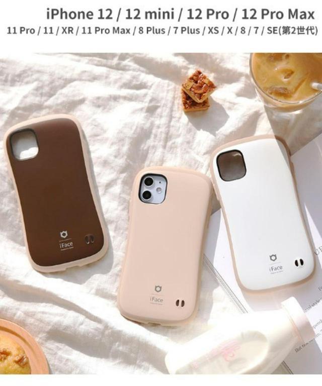画像: 【iFace】iPhoneケース¥3,300(税込) 出典:ZOZOTOWN