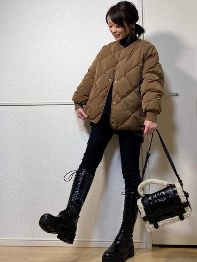 画像: 【ZARA】ブーツ平均価格¥12,000~【Chiaro】ジャケット¥10,890(税込)【a.n.l】ニット¥6,490(税込) 出典:WEAR