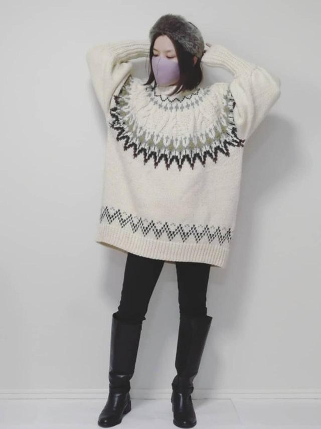 画像: 【ZARA】セーター平均価格¥6,000~【ユニクロ】レギンス¥1,089(税込) 出典:WEAR