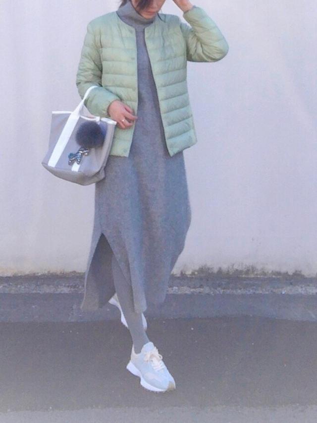 画像: 【ユニクロ】アウター平均価格¥4,000~【FRAY I.D】ワンピース¥20,900(税込)【NEW BALANCE】スニーカー平均価格¥7,000~ 出典:WEAR