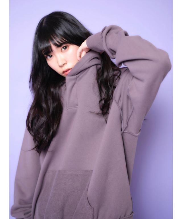 画像1: 【Now me. by NYLON JAPAN】パーカー¥9,900(税込) 出典:ZOZOTOWN