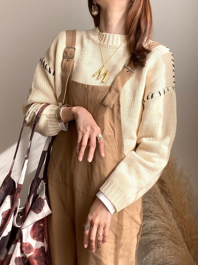 画像: 【しまむら】ニット平均価格¥1,935~【DONOBAN】ネックレス平均価格¥2,750~【roseleap】オーバーサイズ平均価格¥5,500~【Sheson】バッグ¥3,850(税込) 出典:WEAR