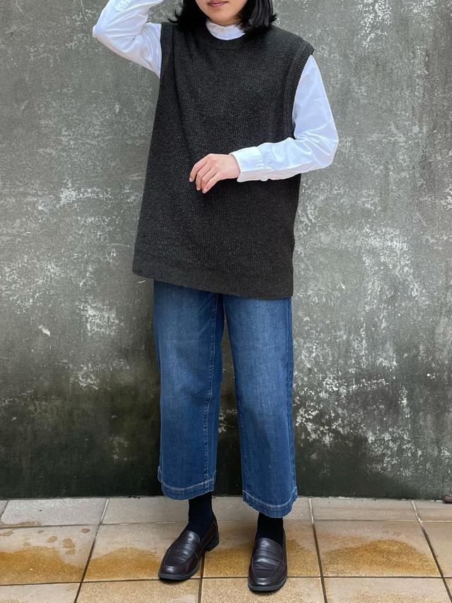 画像: 【無印良品】ニット平均価格¥3,000〜、シャツ平均価格¥2,000〜、デニムパンツ平均価格¥4,000〜【参考商品】シューズ 出典:WEAR