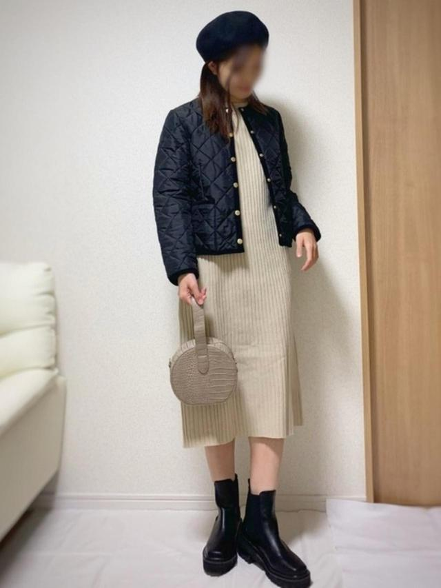 画像: 【An3pocket】ワンピース¥3,960(税込)【Traditional Weatherwear】ジャケット¥25,300(税込)【GRL】バッグ¥1,323(税込) 出典:WEAR