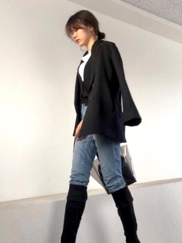 画像: 【GU】テーラードジャケット平均価格¥4,000~【ZOZO】デニムパンツ¥3,870(税込)【夢展望】ブーツ¥4,719(税込) 出典:WEAR