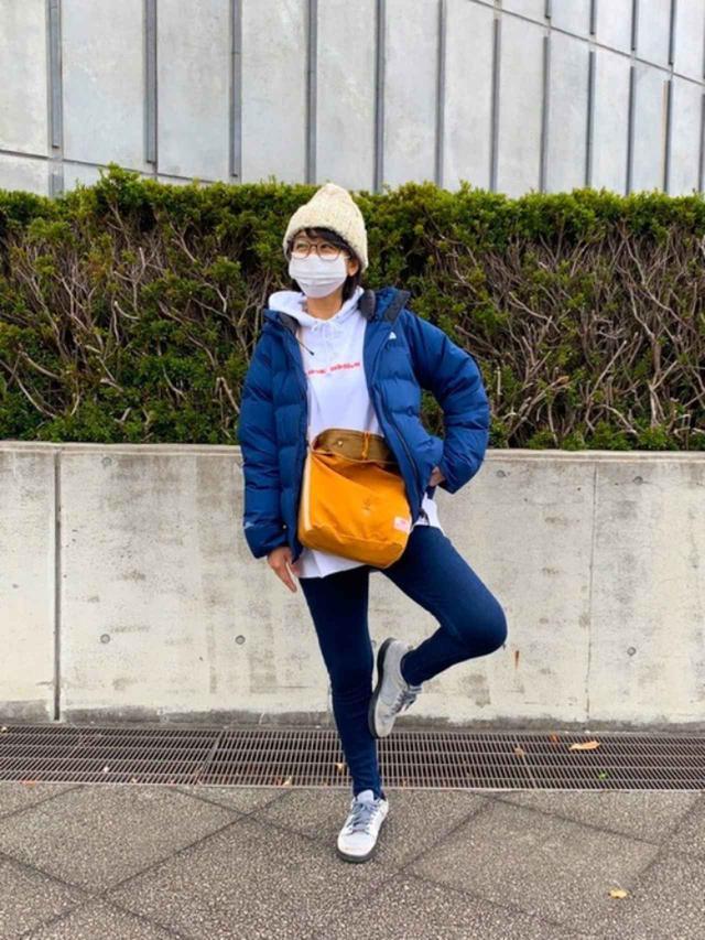 画像: 【UNIQLO】パンツ平均価格¥2,000~【THE NORTH FACE】ダウンジャケット¥59,400(税込)【BAG'n'NOUN】バッグ¥2,444(税込) 出典:WEAR