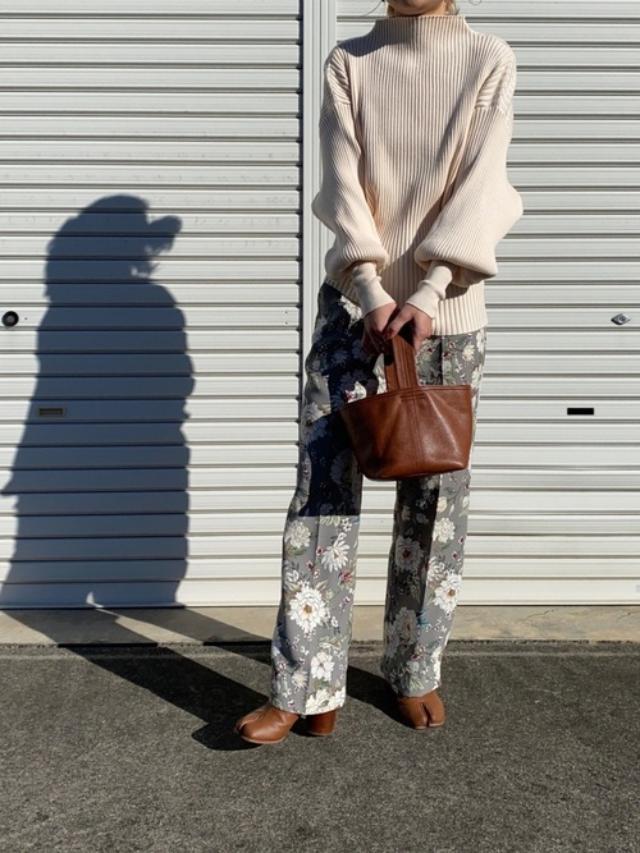 画像: 【ZARA】パンツ平均価格¥2,990~【参考商品】ニット バッグ ブーツ 出典:WEAR